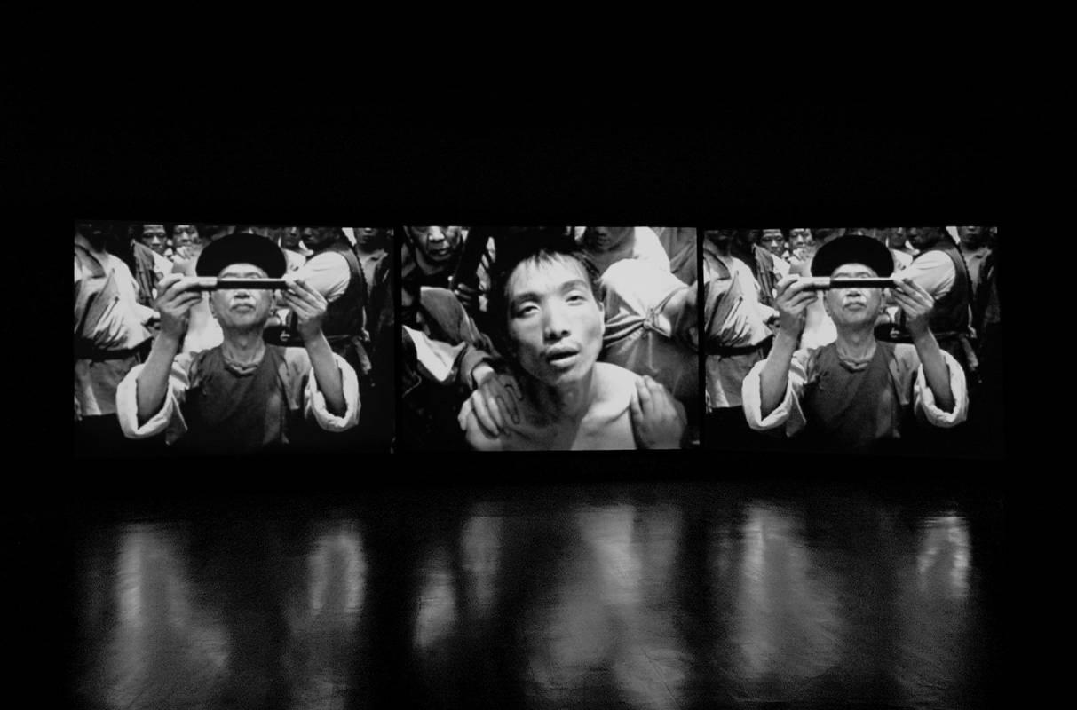陳界仁作品《凌遲考:一張歷史照片的迴音》。圖/大未來林舍畫廊提供