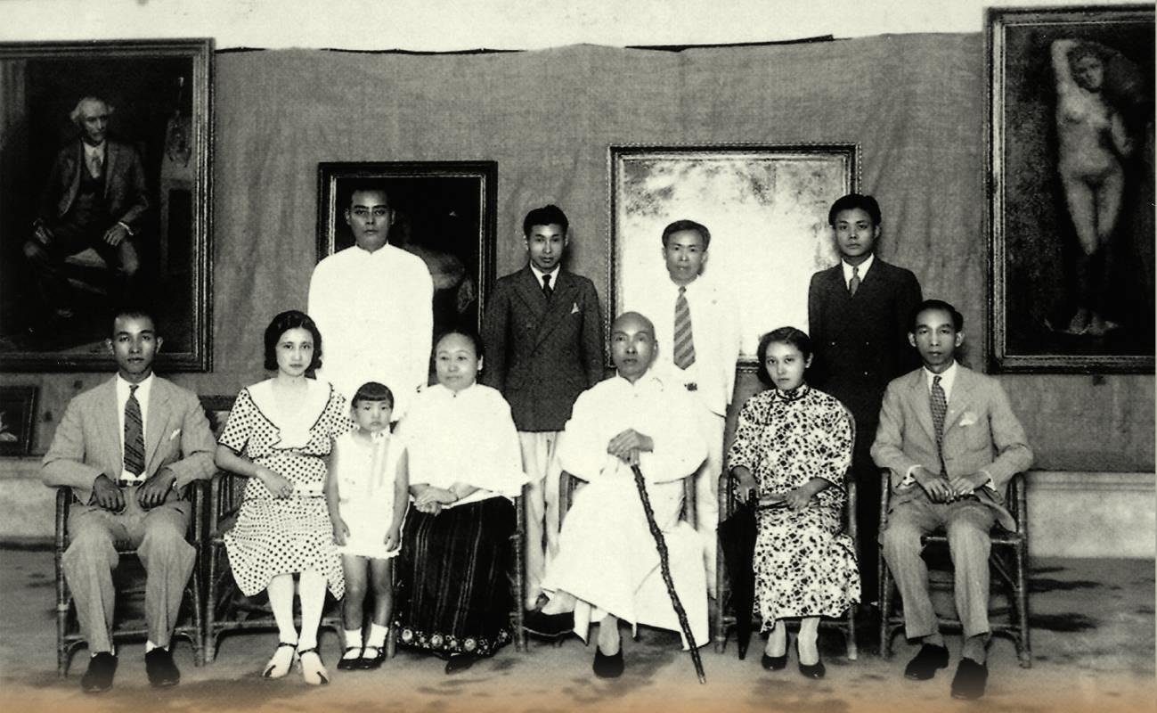 1933年(昭和八年)5月13日,顏水龍於臺中圖書館舉辦留歐作品展覽會。林獻堂博物館提供。