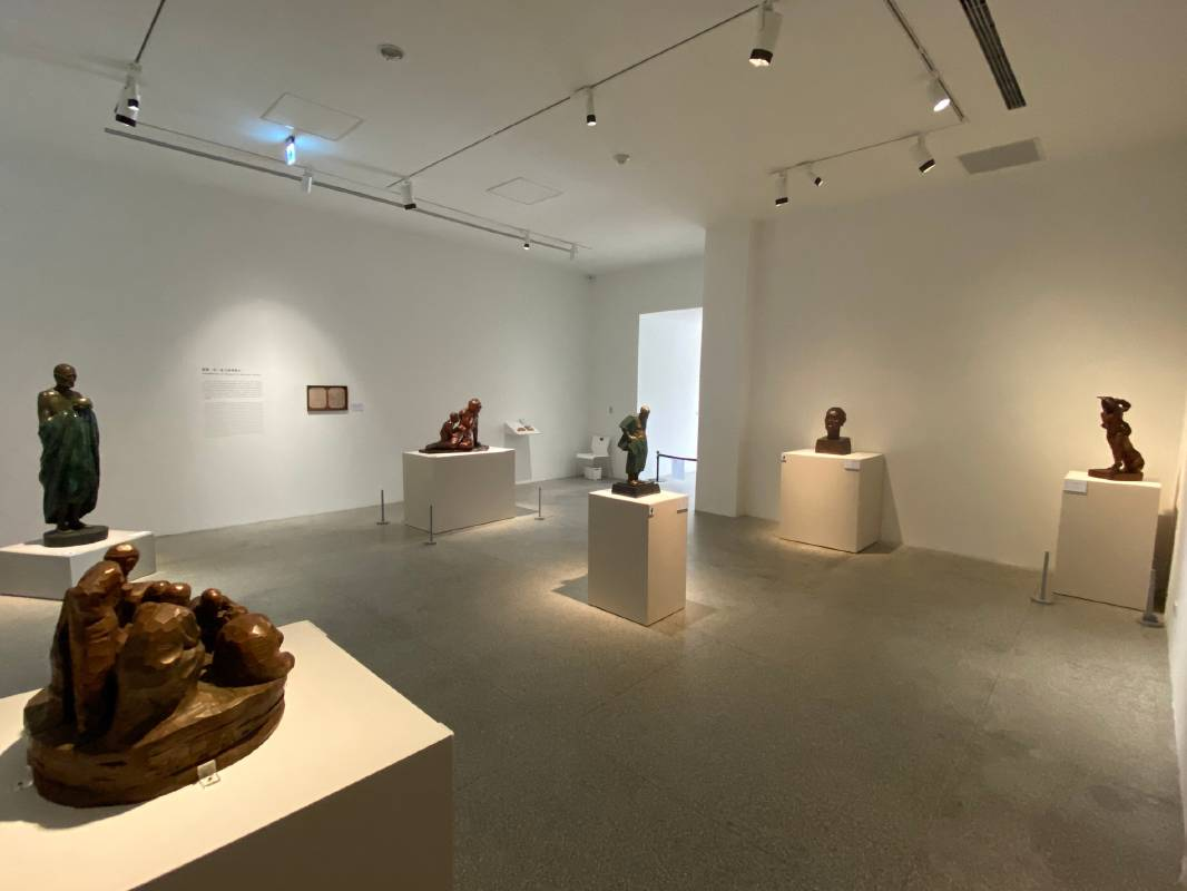 這次展覽是藝術家陳正雄首次在美術館的大型個展