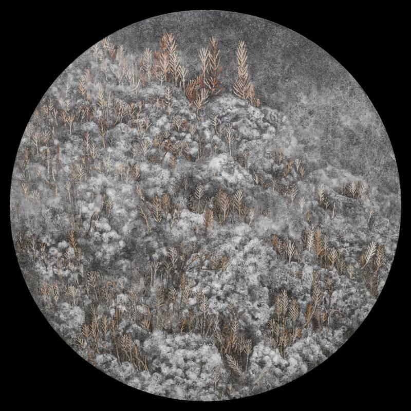【硓?石-I】|40x40cm|岩彩、銀箔、胡粉、墨、壓克力顏料、典具帖紙、畫布繃木板|2021|陳又伃