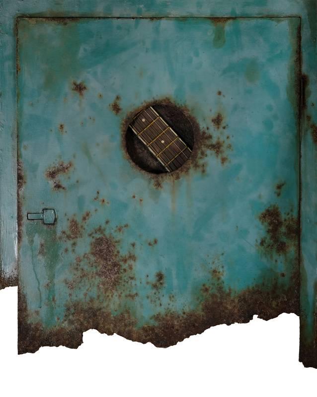 石梓廷-Blue Submarine-戰損版-油彩、畫布、木板、厚卡紙、吉他弦-61.5x53x4cm-2021 (1)