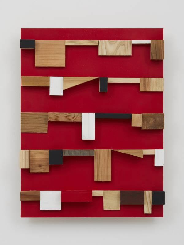 菅木志雄 Suga Kishio, 因淺 Cause of Latency, 2019, 木、壓克力 wood, acrylic, 59.6 x 45.1 x 9.6 cm © Kishio Suga, Courtesy of Tomio Koyama Gallery