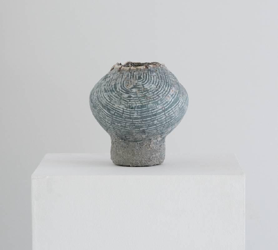 【石の器 Stone vessel】 20*20*21  cm 釉薬/色化粧/ カオリン Glaze, Colored slip, Kaolin 2021