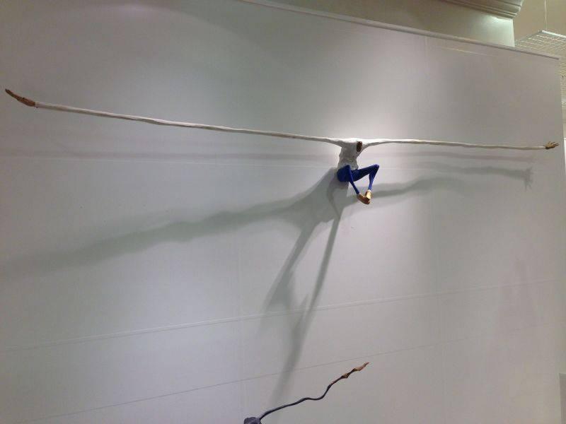 「雲端集銳」–台藝大雕塑系聯展藝術家(木雕組)-阿部乳坊 How to fly