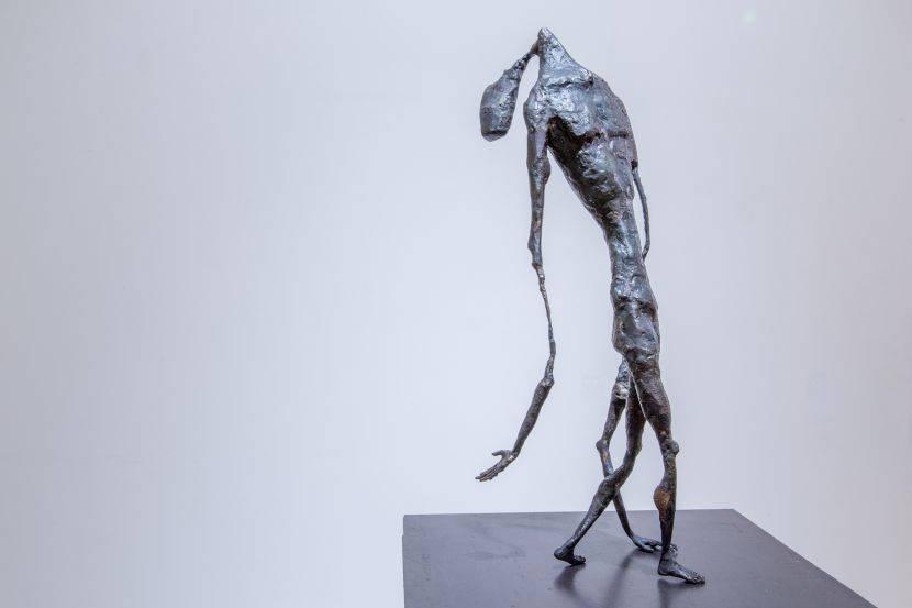 2016「雲•想•藝」金屬雕塑新秀平行展-林伯城【行走中的溶化的人】
