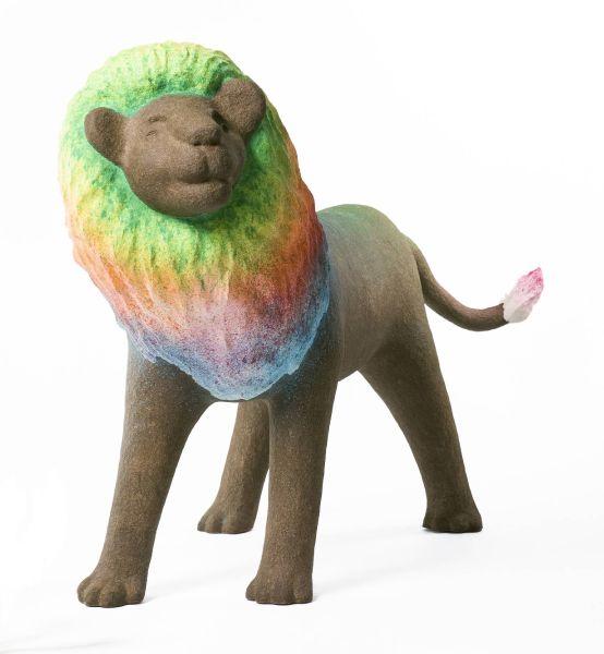 蔡潔莘-彩虹雨村落的獅子