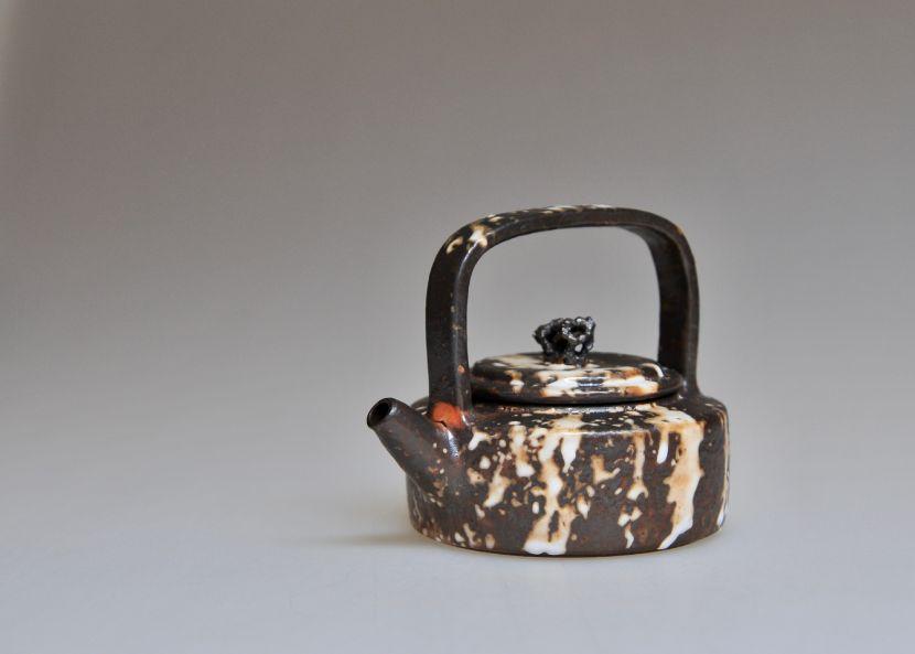 孫福昇-提梁壺