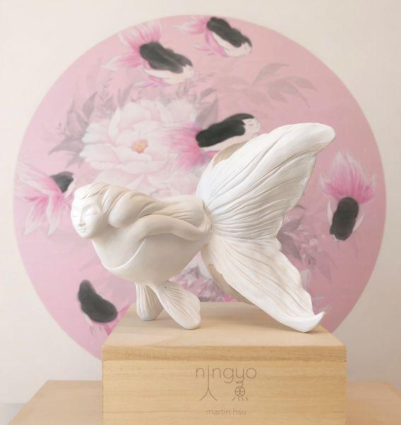 徐鈺樺 -Goldfish Mermaid handmade sculpture ' First Snow 初雪'