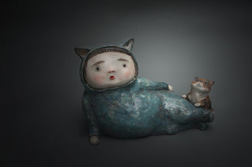 白昱軒-「放空當貓系列」 側躺裝傻中