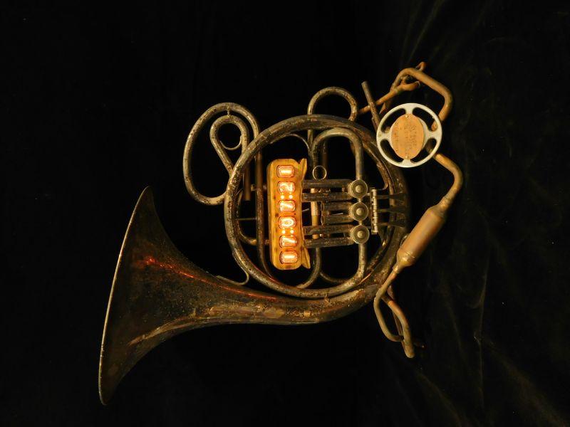 劉玹希-電器時代-法國號電器時鐘