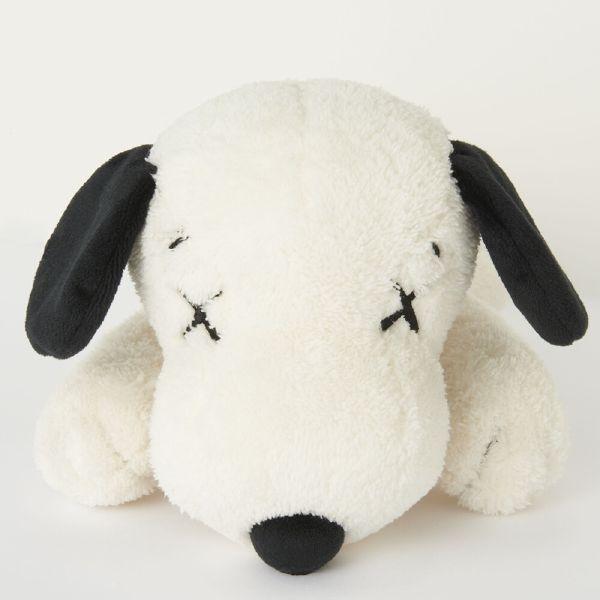 KAWS-UNIQLO KAWS X PEANUTS Snoopy 史努比娃娃聯名款(白/S)