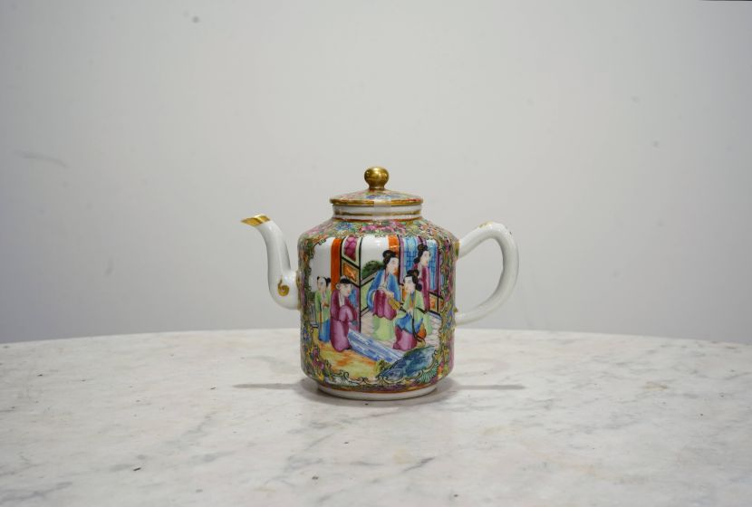 瓷器-廣彩瓷壺