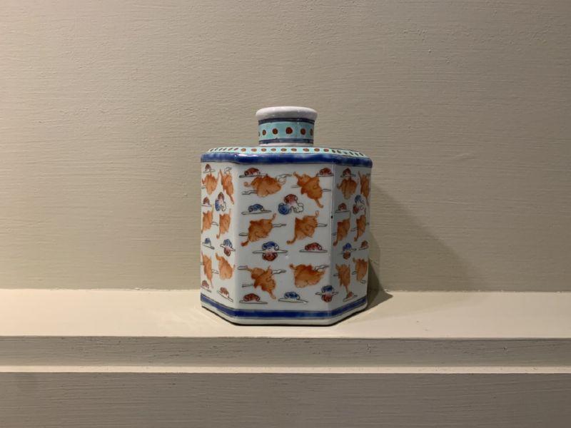 瓷器-粉彩瓷罐