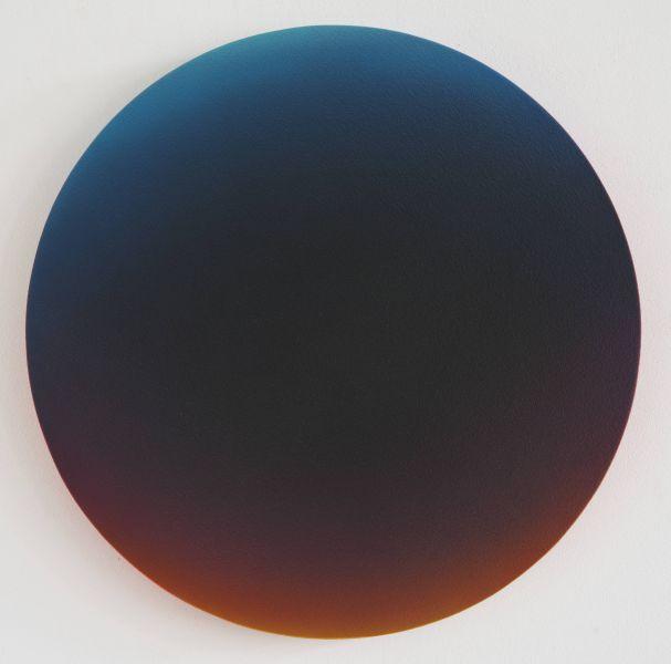 楊・克拉-Black gradient