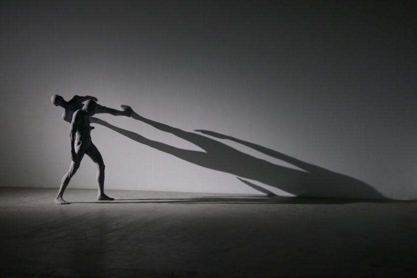 丘智偉-人體依附計畫:平行交會