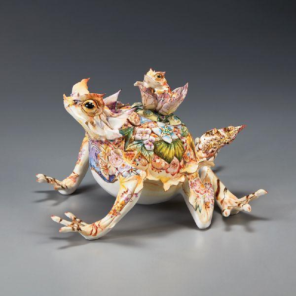 李思樺-子苓角蛙