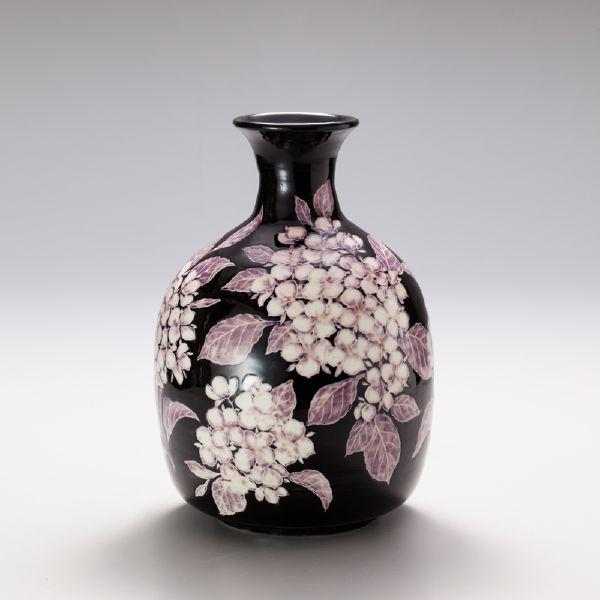 蘇世雄-雕釉黑底紫陽花紋瓶