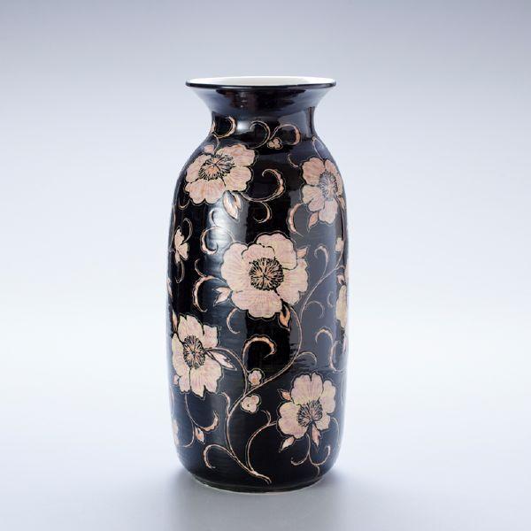 蘇世雄-雕釉黑底纏枝花紋瓶