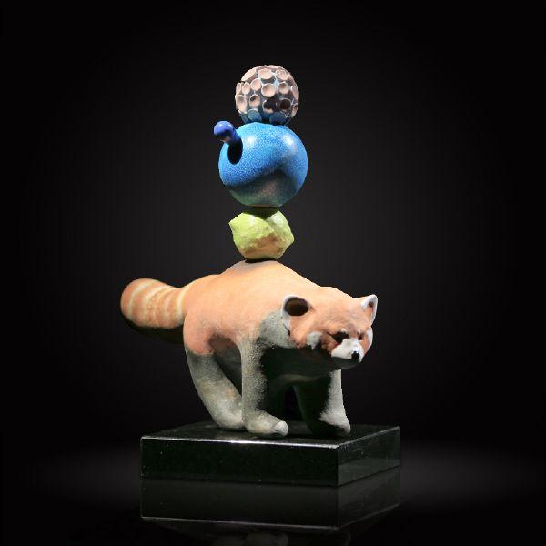 胡慧琴-平衡石-紅棕熊(二)